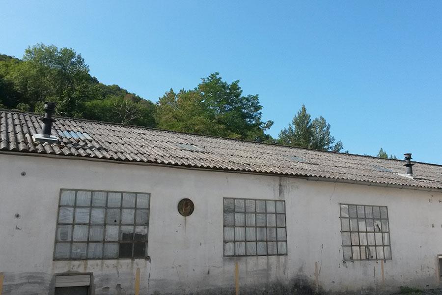Diagnostics immobiliers en ariège et à Foix, dans le cadre d'une vente, d'une mise en location ou en copropriété, d'une destruction. Diagnostic amiante.